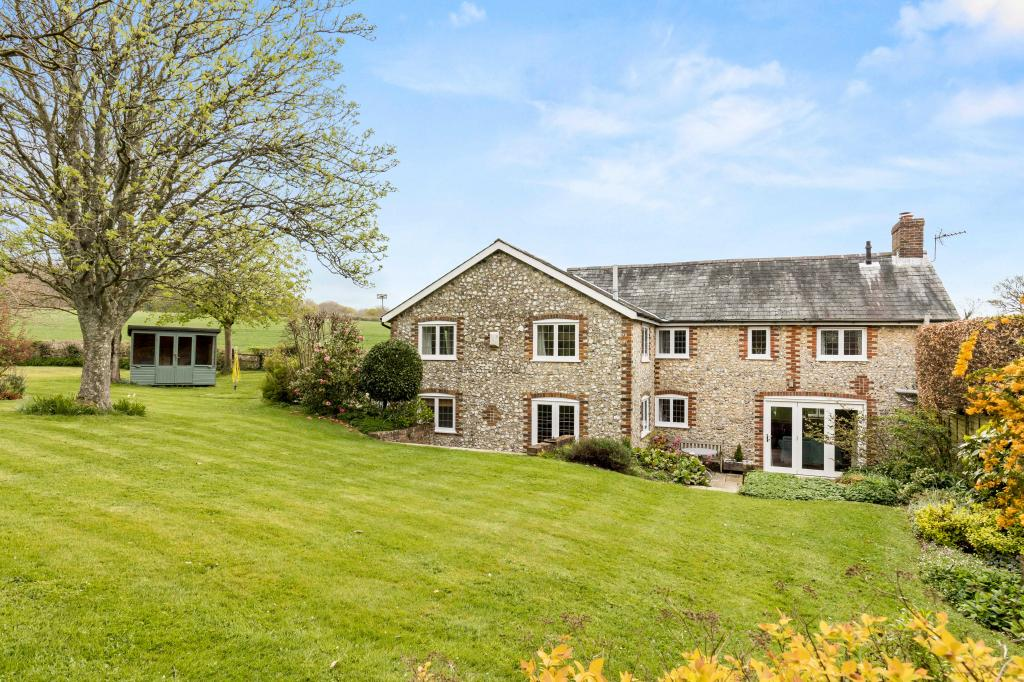 Old clanfield hampshire country house company for House company