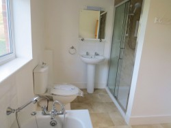Property Image #17 of 27