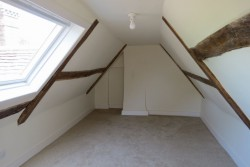 Property Image #21 of 31