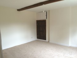 Property Image #11 of 31