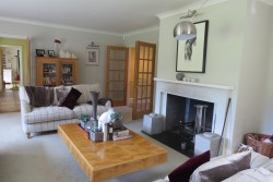 Property Image #4 of 12