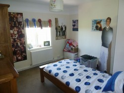 Property Image #11 of 27