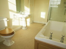 Property Image #17 of 30