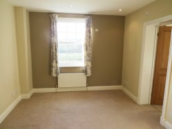 Property Image #18 of 30