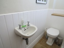 Property Image #13 of 31