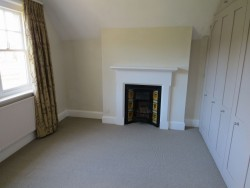 Property Image #14 of 31