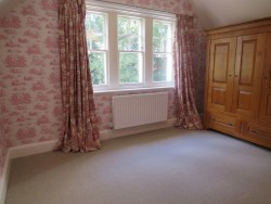 Property Image #15 of 31