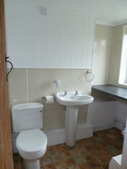 Property Image #5 of 8