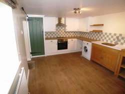 Property Image #2 of 8
