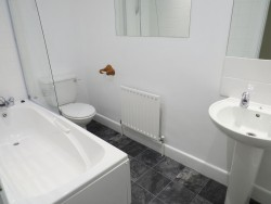 Property Image #8 of 13