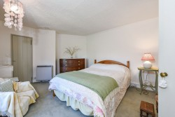 Property Image #10 of 24