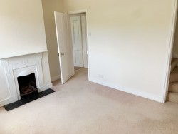 Property Image #5 of 21