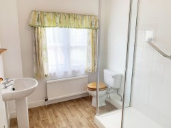 Property Image #14 of 21