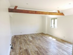 Property Image #12 of 16