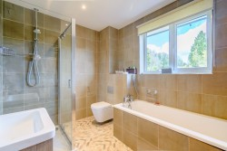 Property Image #21 of 26