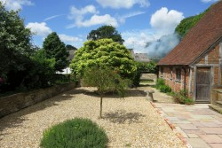 Property Image #15 of 29