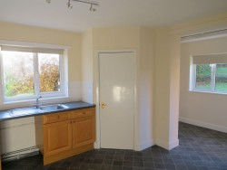 Property Image #7 of 28