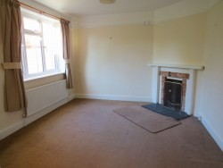 Property Image #3 of 28