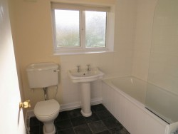 Property Image #19 of 28