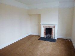 Property Image #5 of 28