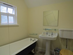 Property Image #11 of 17