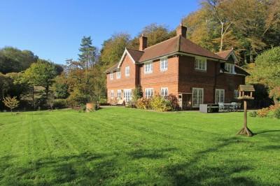 Kitcombe Lane, Farringdon, Nr Alton / Petersfield / Winchester, Hampshire
