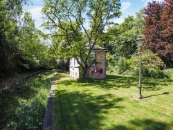 Property Image #37 of 38