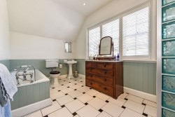 Property Image #27 of 38