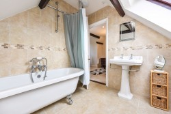 Property Image #22 of 38
