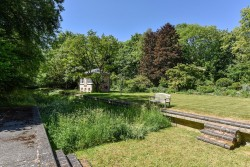 Property Image #31 of 38