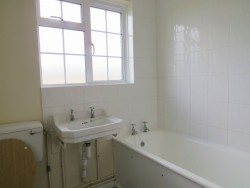 Property Image #10 of 20