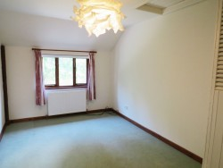 Property Image #14 of 20