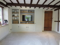 Property Image #10 of 28