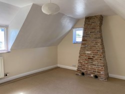 Property Image #13 of 27