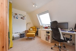 Property Image #11 of 23