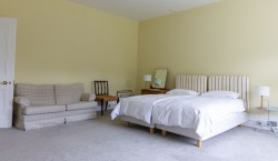 Property Image #19 of 34
