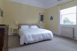 Property Image #18 of 34