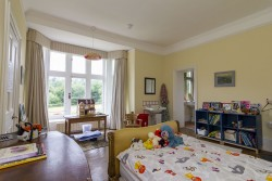 Property Image #21 of 34