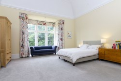 Property Image #16 of 34