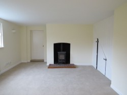 Property Image #3 of 11