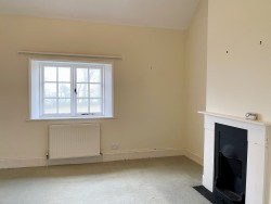 Property Image #14 of 25