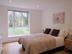Property Image #10 of 23