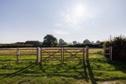Property Image #22 of 31