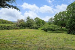 Property Image #19 of 27
