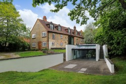 Property Image #24 of 27