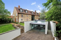 Property Image #26 of 27